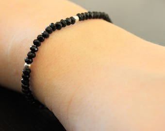 Faceted beads bracelet and silver beads