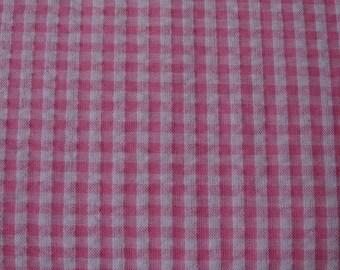 Gingham pink seersucker, embossed