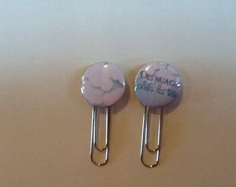 Set of two paper clips bookmark clouds full head
