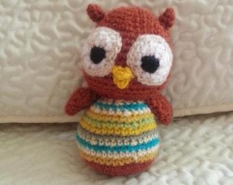 small crocheted golden-eyed OWL