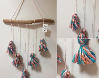 Wall hanging tassels folie2