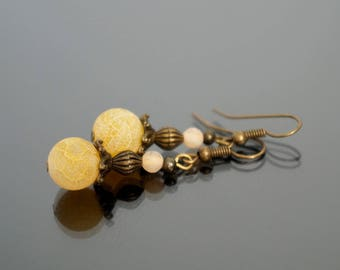 Yellow cracked agate earrings.