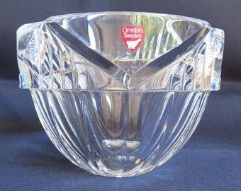 Orrefors Crystal Bowl created Erika Lagerbielke EL 4732-12