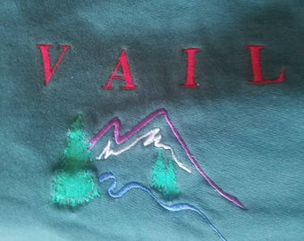 Vintage pull over Vail Colorado Sweatshirt