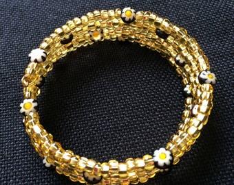 Gold Daisy Bracelet