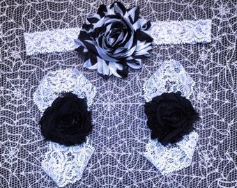 Black on White Halloween barefoot sandals w/ Black&White flower on White lace headband.