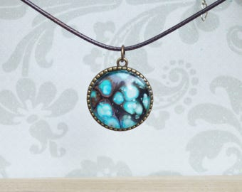 Large round - hand painted -pendant necklace - shimmer - chic - rust - blue - animal print - hippie - layering necklace - turquoise