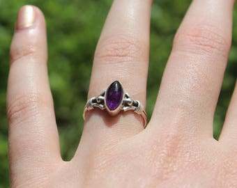 Silver amethyst crystal ring