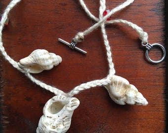 Shell and bead handmade necklace