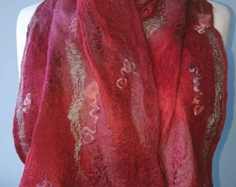 Handmade Nuno felt scarf, merino wool and silk. MADE TO ORDER. Red and mulberry colours. Light soft and warm.