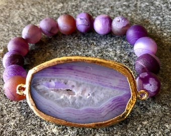 Purple agate pendant stretch bracelet