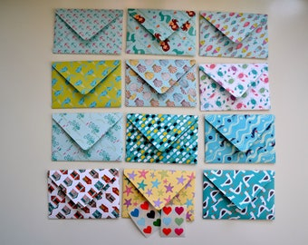 12 envelopes, small, double-sided, seaside themed