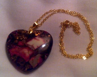 Black/pink/white/gold heart shaped agate pendant necklace