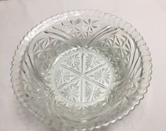 Crimped Sawtooth Glass Bowl