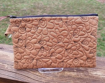 Quilted zippered bag/clutch