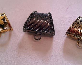 set of 3 scarves metal bails
