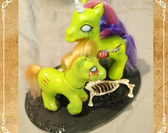 My Little Pony MOM zombie and her baby, unique custom / / My Little Pony MLP custom OOAK: Zombie and Baby