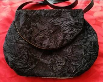 Velvet ball bag
