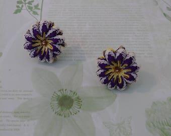 Vintage Flower Screw Back Earrings/cloth/purple/yellow/white/flowers/costume jewelry