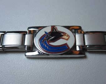 Stainless Steel NHL bracelet with Vancouver Canucks logo 0199