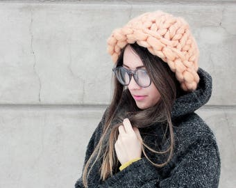 CHUNKY WOOL HAT