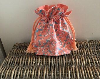Pretty pouch printed saumones tones