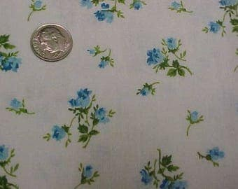 """Vintage Antique Cotton Quilt Doll Fabric Tiny Print Sew 36"""" Wd Blue Rose Percale"""