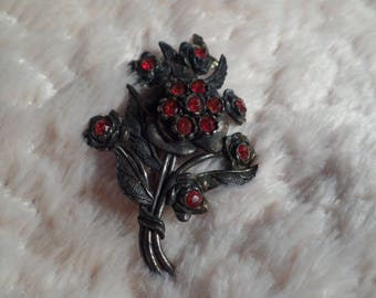 1940's Brooch with Unusual Rhinestones-Little Nemo