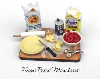 Making Berry Pie Preparation Board - IGMA Artisan Diane Paone Dollhouse Miniature Food