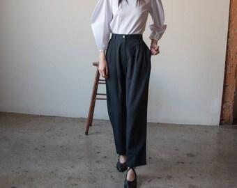 black woven pleated pants / black woven trousers / high waist pants / US 8 petite / 3038t / B9