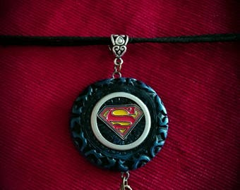 Supergirl Necklace.  Supergirl. The Flash. Krypton. Earth. Arrowverse.