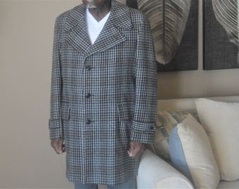 Wool Coat Men's sz. 42 ,70's Quality made and Classic Design,Great Western by Gleneagles Excellent Condition,Made for Harsh weather Overcoat