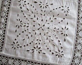 """Vintage White Embroidered  Eyelet Crochet Lace Tablecloth Topper Patchwork Dresser Scarf 40"""" Square"""
