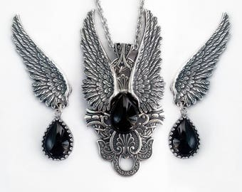 Gothic Jewelry Set Gothic Pendant Wings Earrings Black Onyx Jewelry Set Large Pendant Silver Winged Pendant Clip On Earrings Aranwen