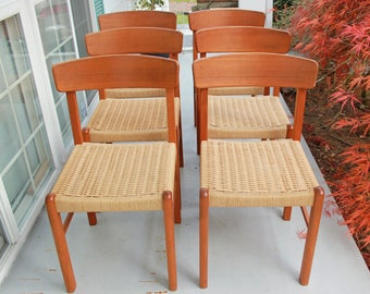 Set of 6 midcentury modern teak dining chairs with cord rush seats - very good vintage condition