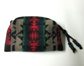Beaded Zippered Pouch Coin Purse Change Purse Accessory Organizer Blanket Wool Native American Print