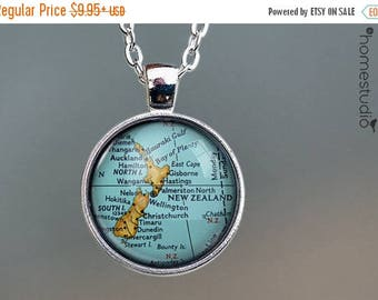 ON SALE - New Zealand Map : Glass Dome Necklace, Pendant or Keychain Key Ring. Gift Present metal round art photo jewelry by HomeStudio