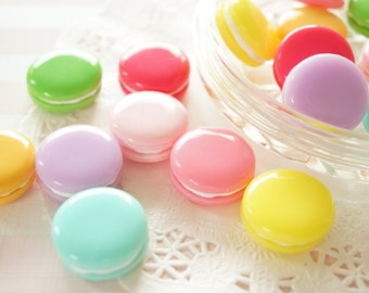 8 pcs Macaroon 3D Cabochon/Miniature (23mmH11mm) CD705