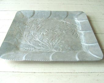 Everlast Metal Hand Forged Aluminum Serving Tray Floral Shabby Chic