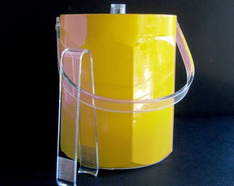 Vintage Yellow Ice Bucket / MOD Style Barware / Clear Lucite Lid and Handle and Ice Tongs / Seventies Decor / Cocktails Happy Hour  / Party