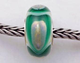 Extreme Flame Silver Green Dillo Bead  - Artisan European Charm Bracelet Bead (JUL-43)