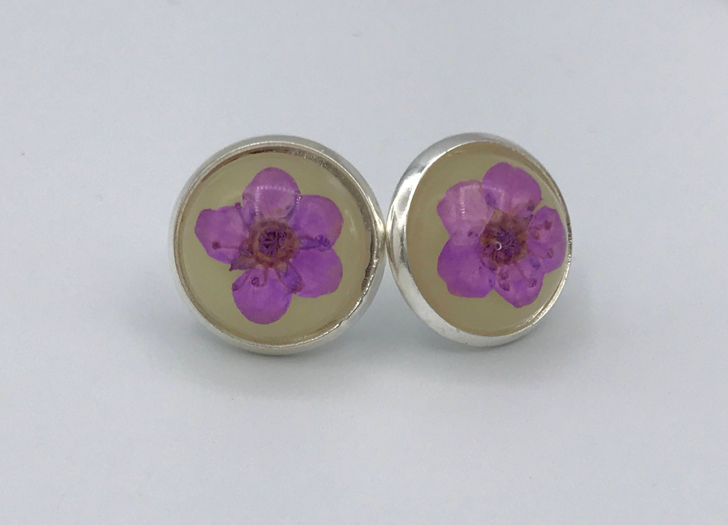 mum flower earrings purple stud pin resin