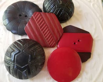 Vintage Buttons - 6 assorted some matching extra large celluloid noveltyred and black novelty designs (July 460 17)