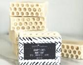 Handwerker Seife | Honig Seife | Natürliche Seife | Handgefertigte Seife | Kalt-Verfahren | Alle natürlichen | Honig Biene | Selbstgemachte Seife | Geschenk für sie | Unisex