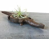 vintage carved wooden alligator tray - crocodile coin dish - jewelry catchall - boho brown woodgrain