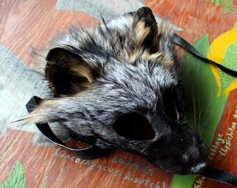 Real eco-friendly cross fox fur mask - shaped and glasses friendly - for ritual, dance, costume and more