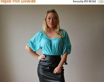 ON SALE Deadstock, 1970s Aqua Slouch Top >>> Size Medium to Extra Large (Plus Size)