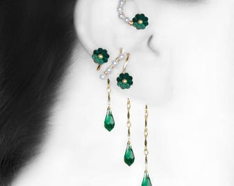 Green Swarovski Crystal Ear Wrap and Cuff Set, White Pearls, Emerald Crystal, Swarovski Pearls, No Piercing, Cartilage Earring, Fancy