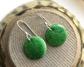 Enamel earrings - grass green