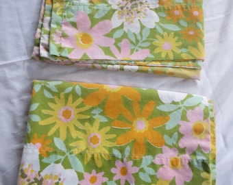 Vintage Pair of Floral Pillowcases pink orange green yellow / Shabby Chic Cottage Tastemaker by Mohawk / Cotton blend / Standard size